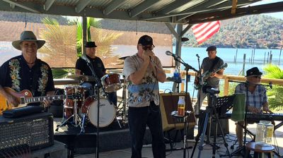 62 Blues with Pat Gleeson at Blue Wing Monday Blues
