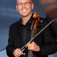 primary-Robert-deMaine--Principal-Cellist--Los-Angeles-Philharmonic--with-piano-accompanist-1484849966