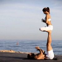 Flying with Freedom – Acroyoga for All Levels
