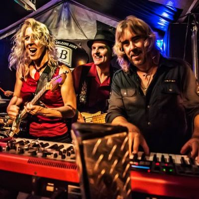 Pop-up Dance Party: Laurie Morvan Band