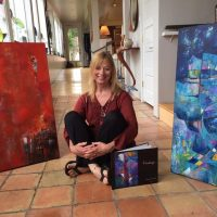 Highlight Gallery presents Laurie DeVault contemporary abstract artist