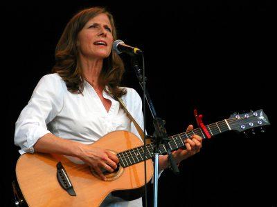 Singer/Songwriter Tracy Grammer Returns to Mendocino