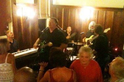 Big Mo's Full Moon Band at Blue Wing Monday Blues