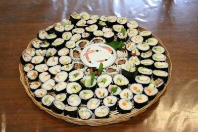 Roll Your Own Sushi IV with Instructor Laura Leigh A Sushi Workshop for Beginners.